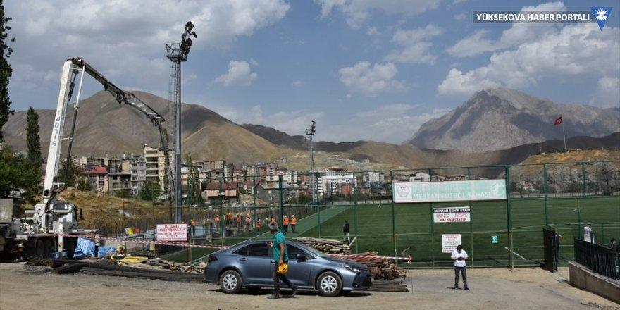 Hakkari'de 1000 kişilik tribün yapımına başlandı