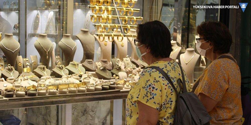 Fiyatlar yükselince düğünlerde altına rakip oldu: Altın kaplamalı gümüşlere talep arttı