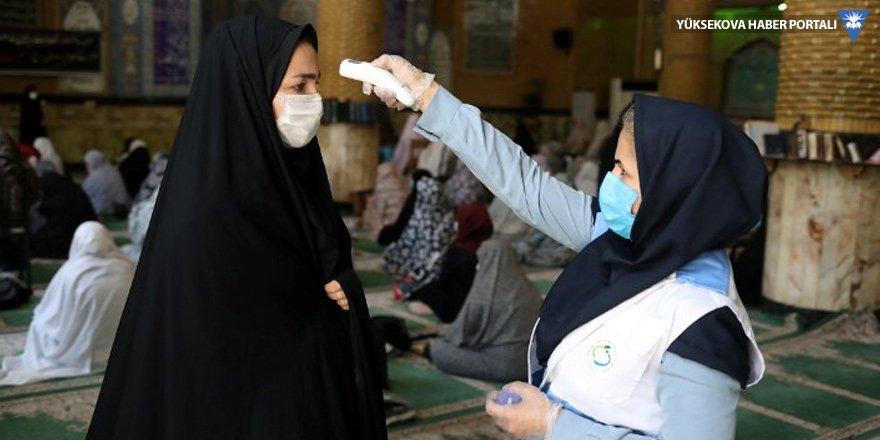 İran'da her beş dakikada bir kişi Covid-19 nedeniyle ölüyor