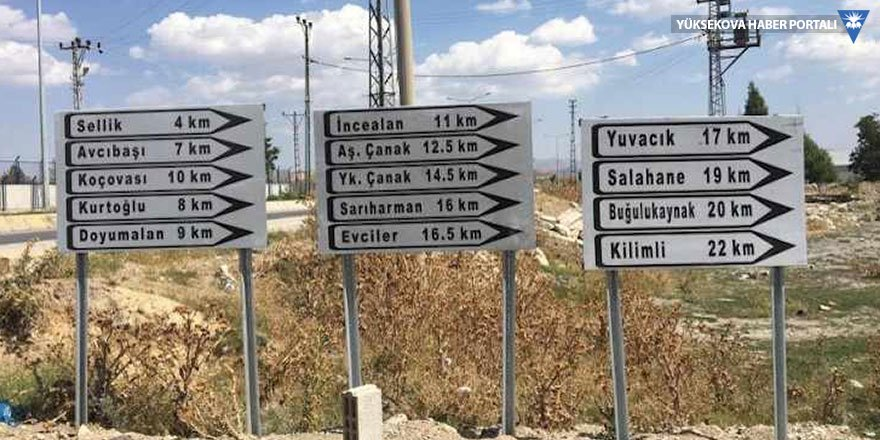 Çaldıran'da Kürtçe mahalle isimleri yazan tabelalar söküldü