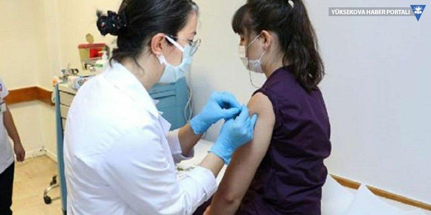 Türkiye'de ilk koronavirüs aşısı geçen hafta yapıldı: '20 gönüllü aşılandı, ciddi yan etki yok'
