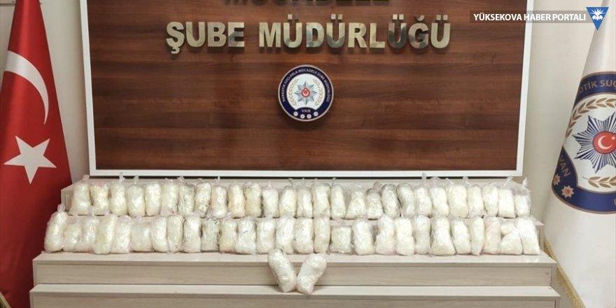 Van'da 15 kilo 370 gram sentetik uyuşturucu ele geçirildi