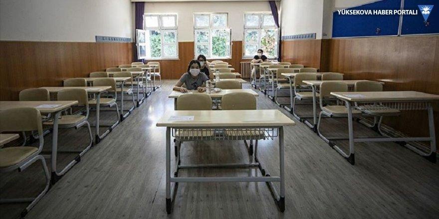 Okulların açılmasına ilişkin yönetmelikte değişiklik yapıldı