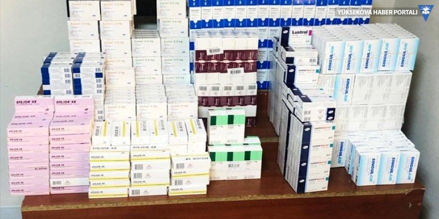 Van'da usulsüz satışı yapılan 37 bin 36 tablet ilaç ele geçirildi