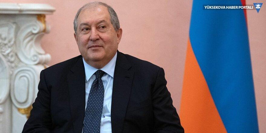 Ermenistan Cumhurbaşkanı Sarkisyan: Hükümet istifa etmeli
