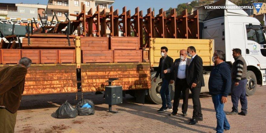Ordu Büyükşehir Belediyesinden Şemdinli Belediyesine malzeme desteği