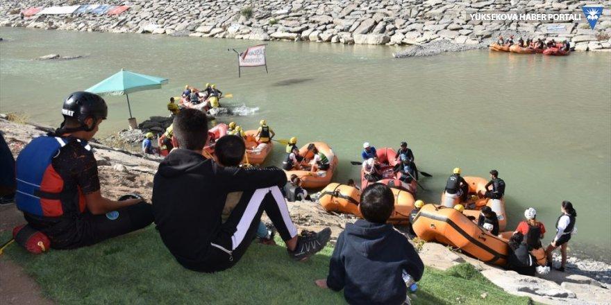 Hakkari'ye gelen sporcular kentin doğasına ve misafirperverliğine hayran kaldı