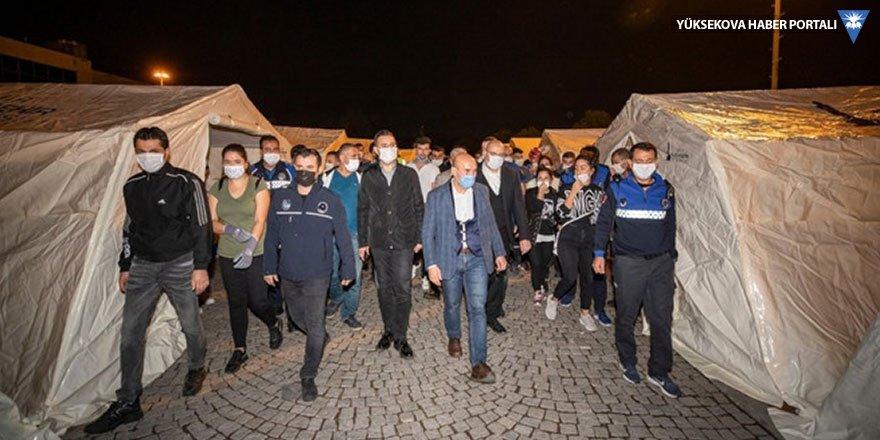 Tunç Soyer: Yaklaşık 180 kişi enkaz altında
