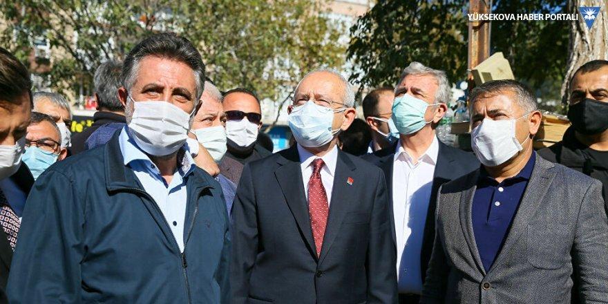 Kılıçdaroğlu deprem bölgesinde konuştu: Merkez ile yerelin el birliği yapması lazım