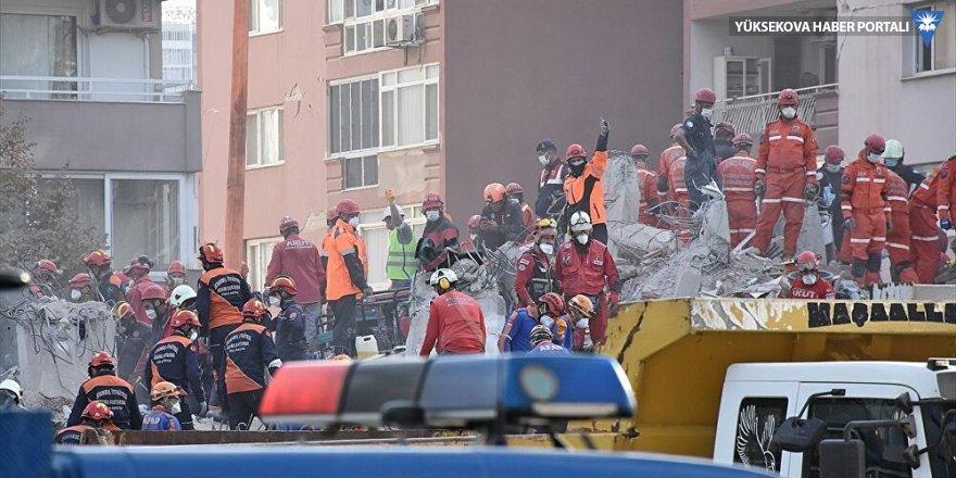 İzmir'deki depremde can kaybı 111 oldu