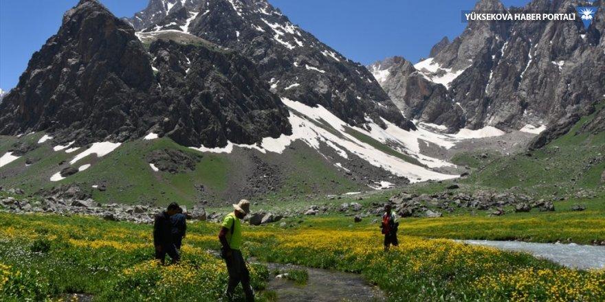 Cilo Dağları ve Sat Buzul Gölleri doğal güzellikleriyle öne çıkıyor