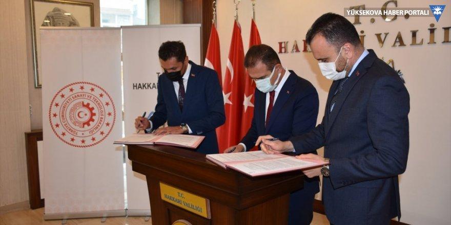Hakkari'de Tekstilkent projesiyle 800 kişinin istihdam edilmesi hedefleniyor