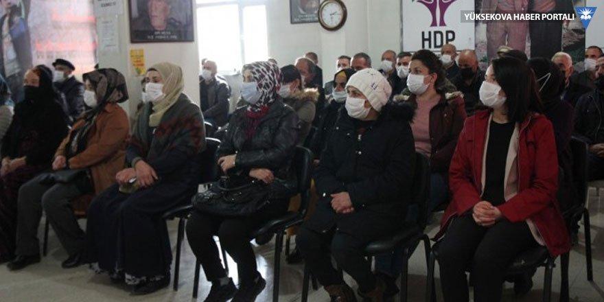 HDP Hakkari'de baskı ve engellemelere rağmen parti çalışmalarını sürdürüyor