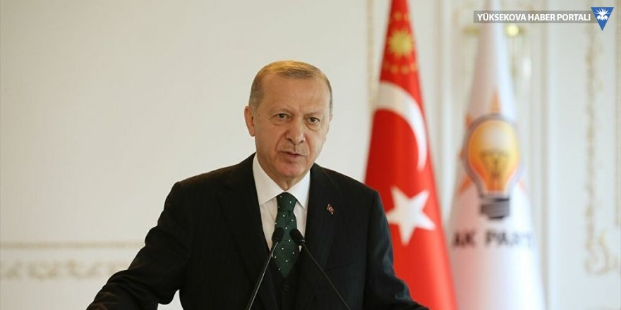 Erdoğan: Arınç'a, 'Sen bizi daha çok üzdün, ellerinde Kürtlerin kanı olan adamları başımıza çıkarıyorsunuz' dedim