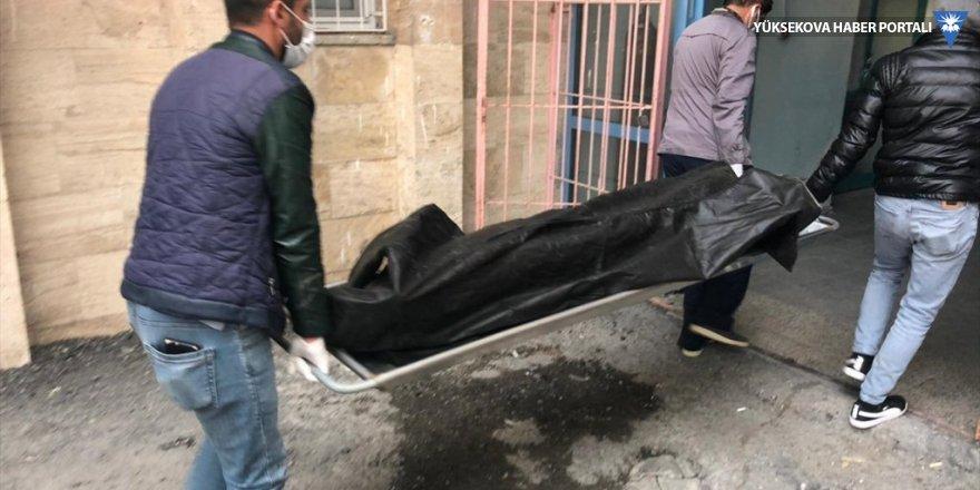 İran sınırında 3 cenaze bulundu