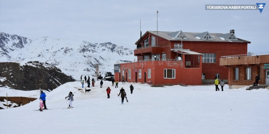 Hakkari'deki kayak merkezi kapılarını sporculara açtı