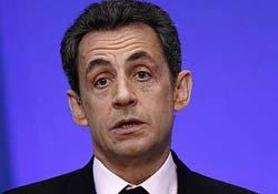 Gözaltındaki Sarkozy hakkında altı suçlama