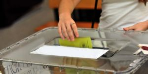 Kosova'da seçmen sayısı, nüfustan fazla çıktı