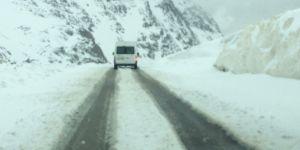 Van'ın yüksek kesimlerinde kar yağışı