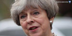 Theresa May: Seçimleri ertelemiyoruz