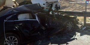 Mardin'de feci kaza: Anne ve çocuğu öldü, 12 kişi yaralandı