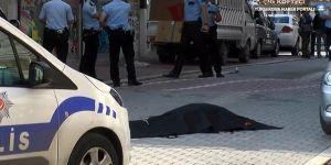 İstanbul'da sokak ortasında iki infaz