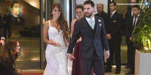 Lionel Messi, çocukluk aşkı ile evlendi