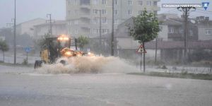 Marmara Bölgesi'nde sağanak yağış: 77 kilo yağış düştü