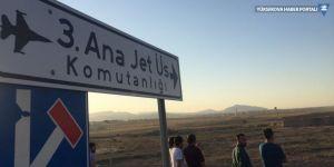 Alman vekiller Konya'daki üssü ziyaret etti