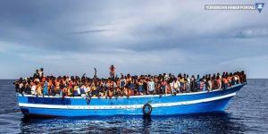 450 göçmen iki ülke arasında kaldı