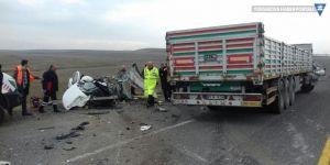 Ağrı'da feci kaza: 1'i bebek 4 ölü, 1 yaralı