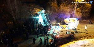 Hakkari'de trafik kazası: 5 yaralı