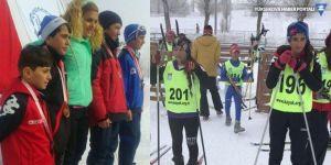 Yüksekovalı kayakçılar Türkiye birincisi oldu