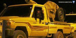 ÖSO birliklerini taşıyan araçlar sınırı geçiyor