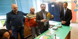 İtalya'da seçimin galibi 5 Yıldız Hareketi