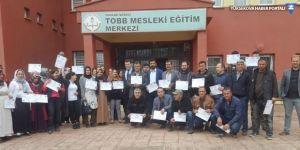 Hakkari'de 170 kursiyere girişimcilik belgesi verildi