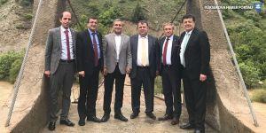 CHP'li milletvekilleri Hakkari'de