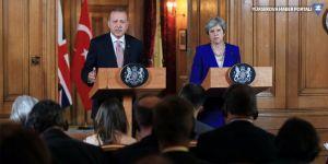 Erdoğan: Teröristle gazeteciyi karıştırmayın