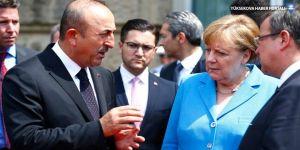 Çavuşoğlu: Merkel, Erdoğan'ı seçimden sonra davet etti