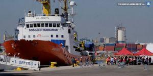 İtalya ve Malta'nın reddettiği göçmenler İspanya'da