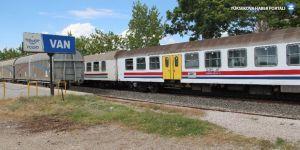 TCDD: Tren seferleri durduruldu