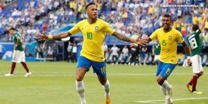 Dünya Kupası'nda günün programı: Liderler yarı final için ter dökecek