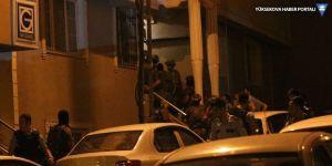 İstanbul'da hareketli dakikalar: Balkondan havaya ateş açtı