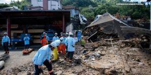 Japonya'da yağmur ve sıcaklık 300'den fazla can aldı