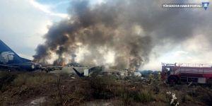 Meksika'da 97 yolcu taşıyan uçak düştü