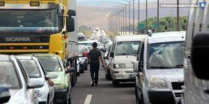 TEM'de bayram trafiği: 35 kilometre kuyruk oluştu