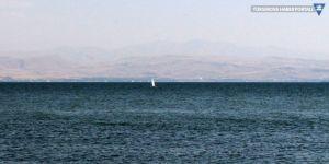 Van Gölü'nde su seviyesi 2 metre yükseldi