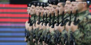Sırbistan liderinden orduya 'teyakkuza geçin' emri