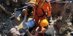 Endonezya'da çamura gömülen kilisede 34 öğrencinin cesedi bulundu