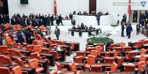 Meclis'te CHP ve MHP arasında arbede